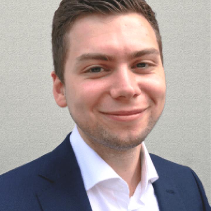 Alex Barker (Cyberlight Security)